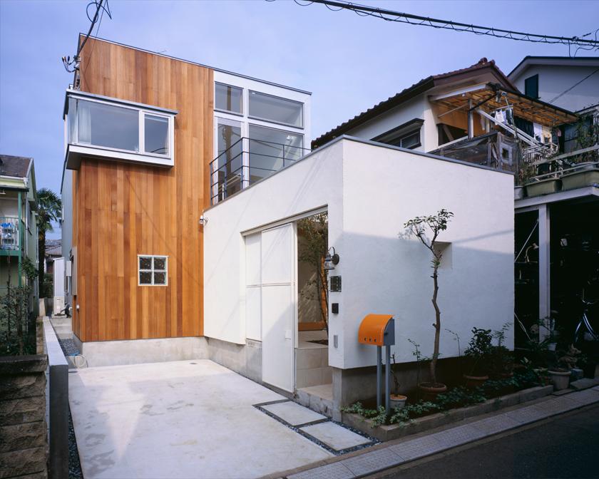 H/HOUSE-1