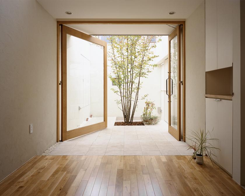 H/HOUSE-4